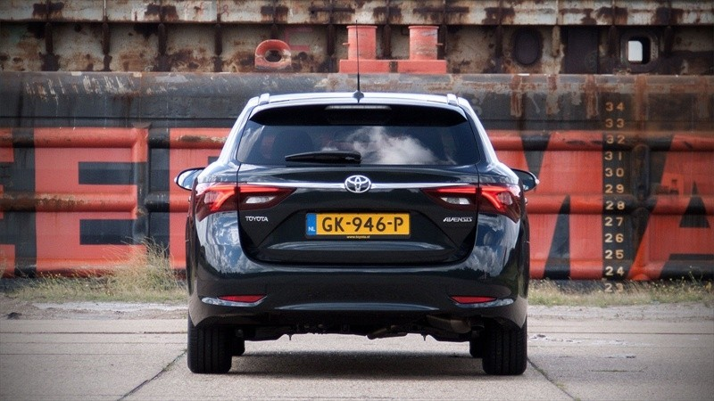 Toyota Avensis Touring Sports 1.6 D-4D-F Lease Pro