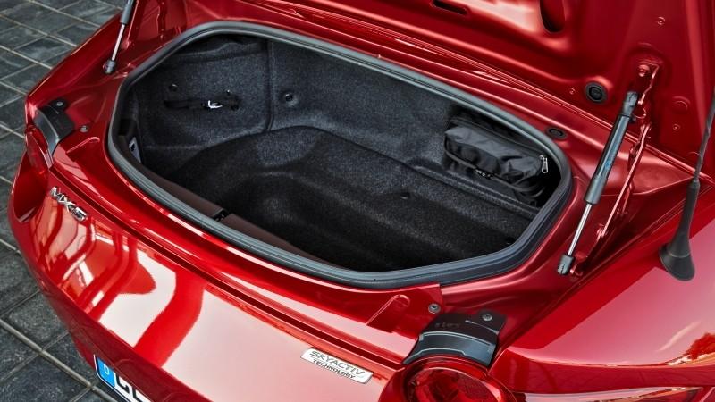 Mazda MX-5 Roadster 2.0 SkyActiv-G 160 GT-M