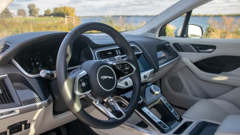 Jaguar I-Pace EV400 S