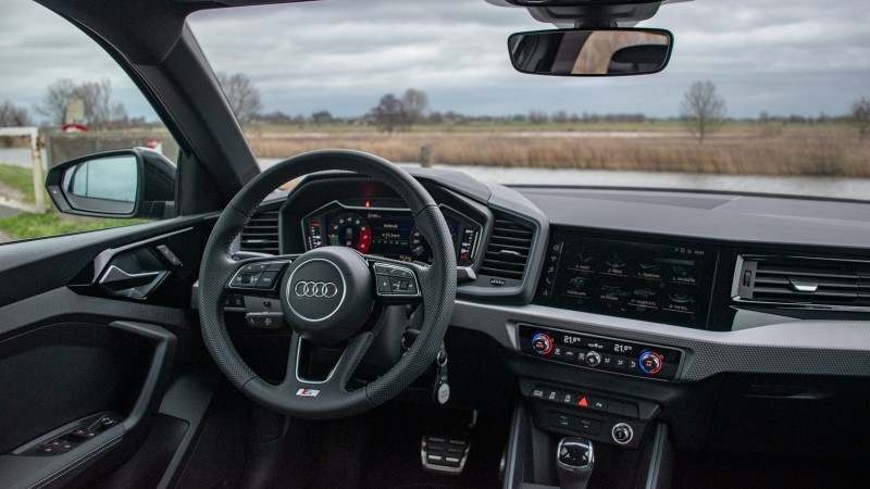 foto 39 s audi a1 30 tfsi s tronic edition one. Black Bedroom Furniture Sets. Home Design Ideas