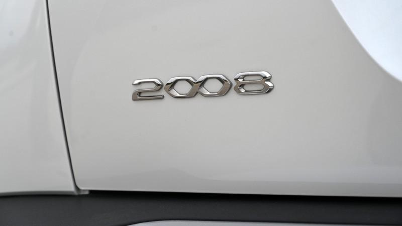 Peugeot 2008 1.2 PureTech 155 EAT8 GT