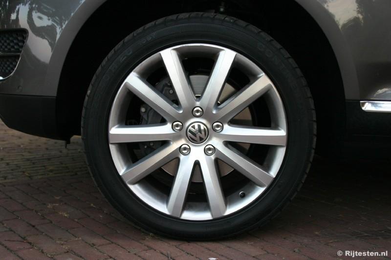 Volkswagen Touareg 4.2 V8