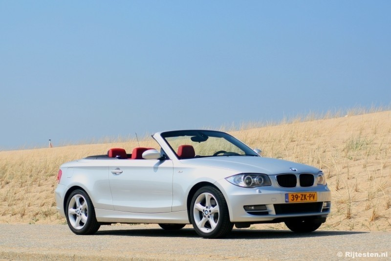 test bmw 1 serie cabrio 125i high executive pure rijervaring. Black Bedroom Furniture Sets. Home Design Ideas