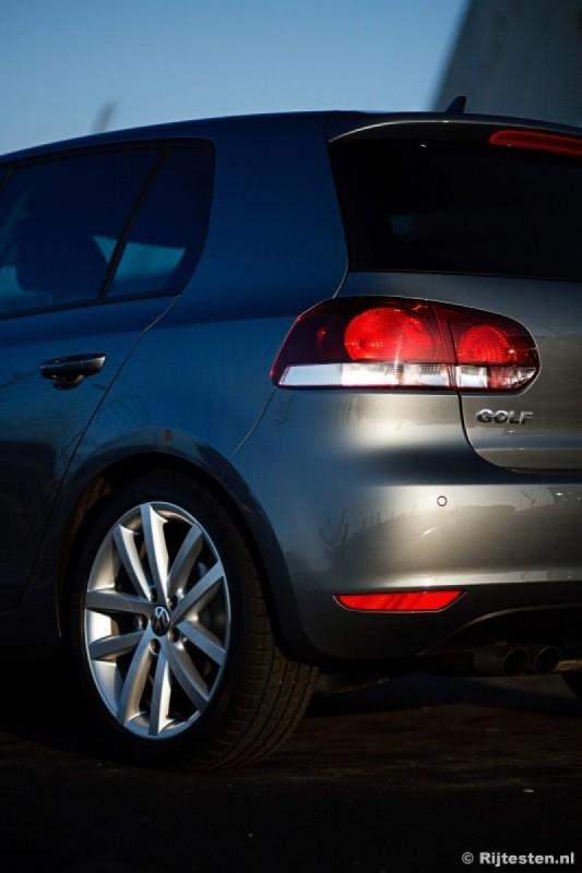 Volkswagen Golf 2.0 TDI Highline DSG