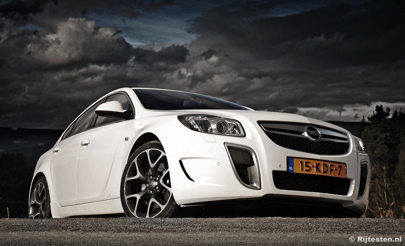 test opel insignia opc 2 8 v6 turbo pure rijervaring. Black Bedroom Furniture Sets. Home Design Ideas
