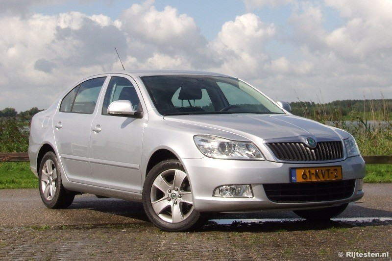 2010 skoda octavia combi 1 2 tsi related infomation specifications weili automotive network. Black Bedroom Furniture Sets. Home Design Ideas
