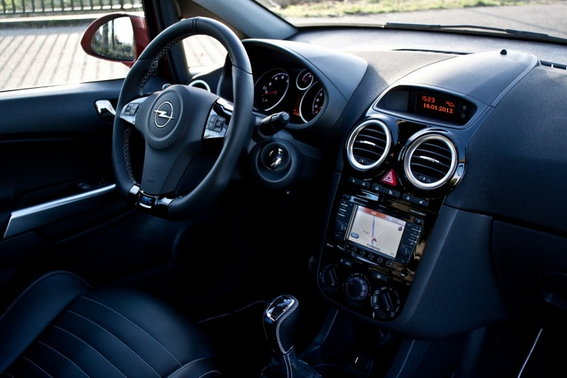 test opel corsa opc n rburgring edition pure rijervaring. Black Bedroom Furniture Sets. Home Design Ideas