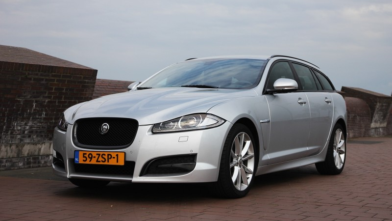 test jaguar xf sportbrake 2 2d s sport business edition pure rijervaring. Black Bedroom Furniture Sets. Home Design Ideas