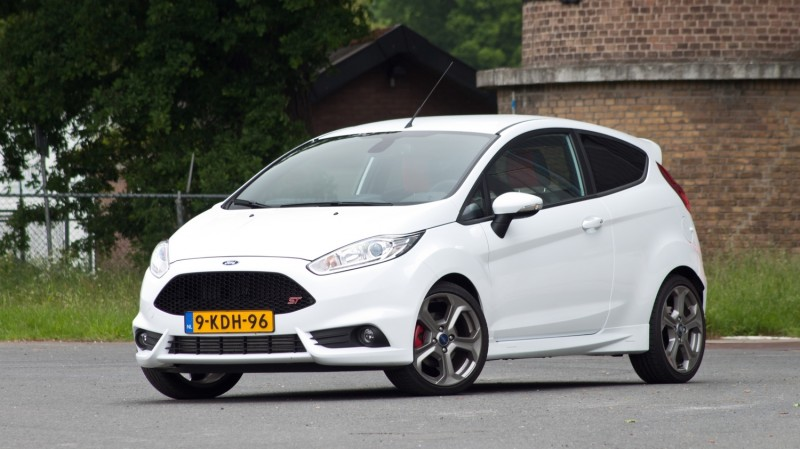 Test Ford Fiesta St 1 6 Ecoboost St 2 Rijtesten Nl Pure