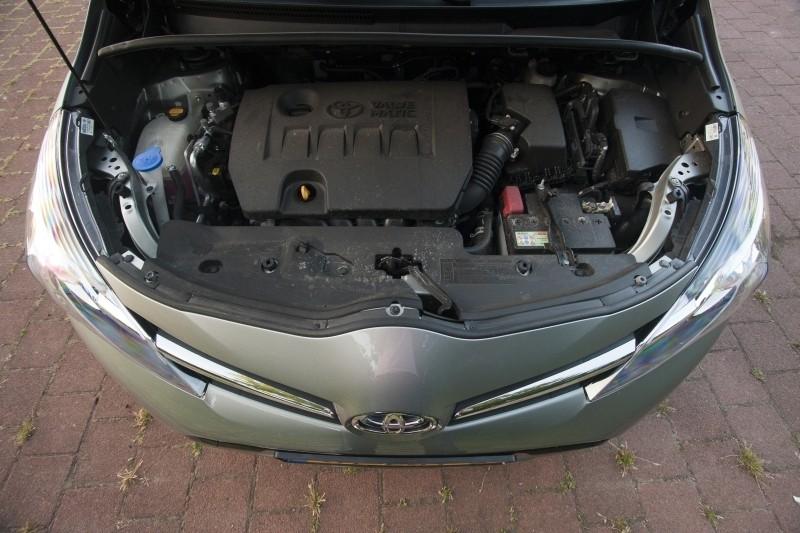 Toyota Verso 1.8 VVT-i Aspiration 7P CVT