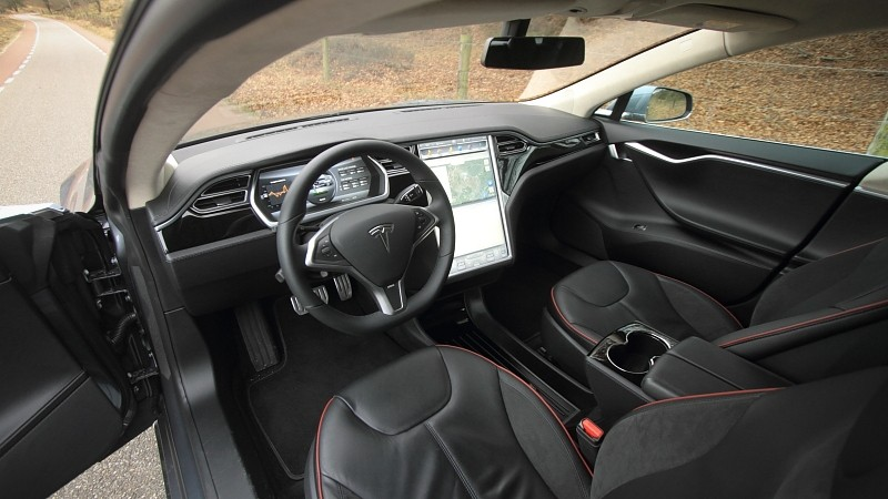 Test tesla model s p85 performance plus for Interieur tesla model s