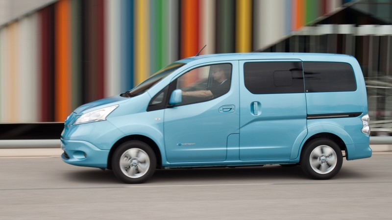 test nissan e nv200 evalia connect edition. Black Bedroom Furniture Sets. Home Design Ideas