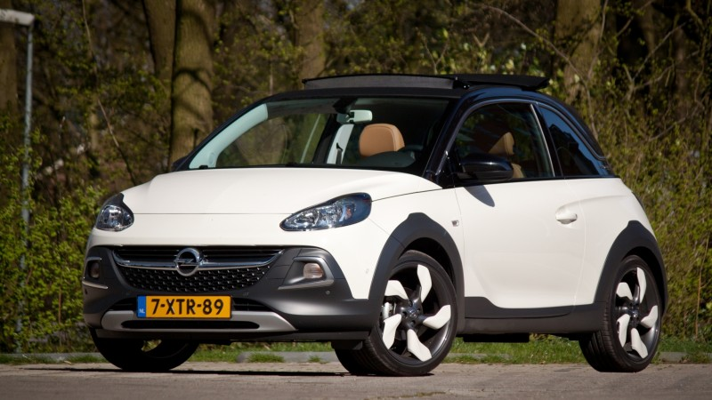 test opel adam 1 0 turbo rocks pure rijervaring. Black Bedroom Furniture Sets. Home Design Ideas